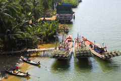Vida com pescadores locais Fotos de Stock Royalty Free