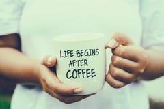 A vida começa após citações do café imagem de stock royalty free