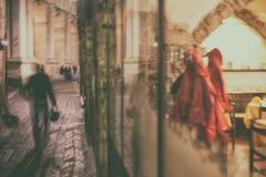 Vida da noite em Itália blurry imagem de stock royalty free