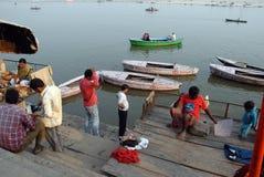 Vida de cada día de Varanasi Fotos de archivo libres de regalías