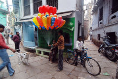 Vida de cada día de la gente de Varanasi Fotos de archivo libres de regalías