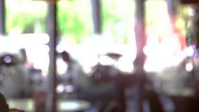 Vida de ciudad borrosa almacen de metraje de vídeo