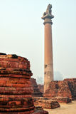 Vida de la India: Pilares de Ashoka en Vaishali Imagen de archivo libre de regalías