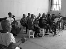 Vida de los ancianos del pueblo Foto de archivo libre de regalías