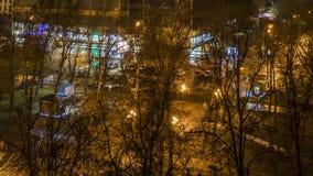 Vida de noche de la calle de la ciudad, lapso de tiempo almacen de video