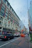 Vida de rua de New York City perto de um armazém famoso de Macy Imagens de Stock Royalty Free