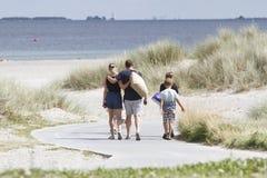 Vida del verano en un día de verano soleado en la playa Foto de archivo libre de regalías