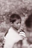 VIDA LA INDIA DEL PUEBLO DEL TRABAJO INFANTIL Fotos de archivo libres de regalías