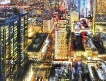 Vida nocturna colorida de la ciudad Fotos de archivo libres de regalías