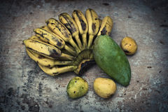 Vida todavía de la fruta tropical Imagen de archivo