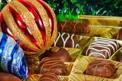 Vida todavía del Año Nuevo del caramelo de chocolate Foto de archivo