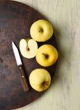 Vida todavía de la manzana 'golden delicious' Foto de archivo libre de regalías