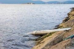 Vidange des eaux d'égout dans l'océan Photo libre de droits