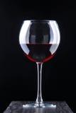 Videira vermelha no vidro foto de stock royalty free