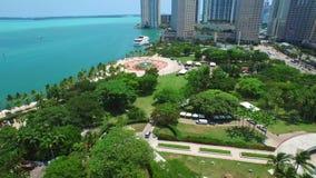 Video aereo del parco del centro di Miami Bayfront archivi video