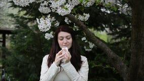 Video del naso di pulizia con il suono stock footage