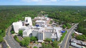 Video dell'antenna del centro medico 4k di Tallahassee stock footage