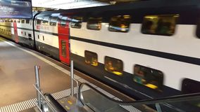 video di 4K UHD di una stazione ferroviaria da Berna stock footage