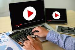 VIDEO die Audiovideo, markt Interactieve kanalen, Bedrijfsmedia Technologieinnovatie Marketing technologieconcept OP DE MARKT BRE royalty-vrije stock fotografie