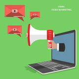 Video-E-Mail, die flachen isometrischen Vektor vermarktet Lizenzfreie Stockfotografie