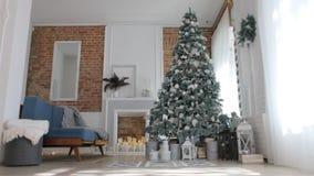 Video för nytt år med en julgran stock video