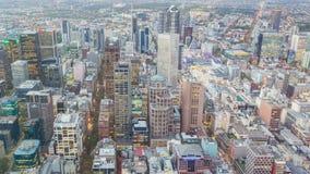 video för timelapse 4k av en stad från dag till natten lager videofilmer