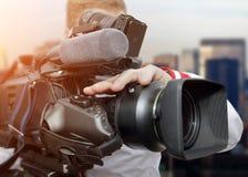 Video operatör med camcorders Arkivfoton