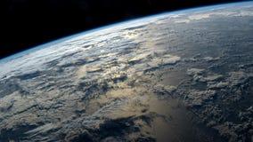 2 video in1 Planetjord som ses från ISSEN Beståndsdelar av denna video som möbleras av NASA lager videofilmer