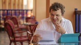 Video pratstund för affär i kafé lager videofilmer