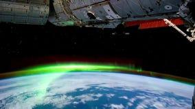 3 video's in1 Aarde van ISS wordt gezien die Aarde en Aurora Borealis van ISS Elementen van deze langs geleverde video stock video