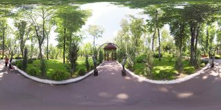 video 360 summerhouse in het park stock footage