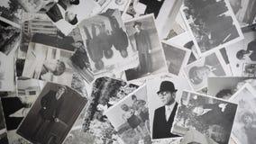 Video van Oude roterende portretten op retro achtergrond stock video