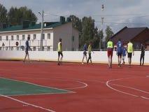 Videoamateurfußballspiel in der Kaluga-Region von Russland stock video