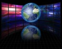 Videobildschirme mit Erde Lizenzfreie Stockfotografie