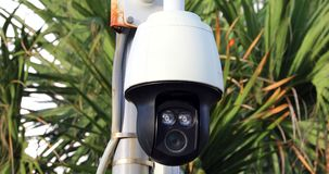 Videocamera di sicurezza all'aperto del CCTV stock footage