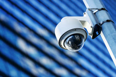 Videocamera di sicurezza e video urbano Fotografia Stock