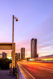 Videocamera di sicurezza per traffico della superstrada del monitor nella città di Bangkok Fotografia Stock