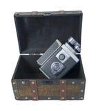 Videocamera in tronco di viaggio Immagine Stock Libera da Diritti