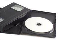 Videocassette e disco versátil digital Imagens de Stock Royalty Free