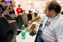 Videojuegos clásicos en la semana 2014 de los juegos en Milán Foto de archivo