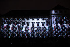 Videomappaingsinstallatie Mutis door Tigrelab bij het historische de bouwtyrs huis wordt ontworpen - signaleer licht fest, Praag, Royalty-vrije Stock Foto