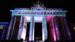 Videomapping proyectó en el Tor de Brandeburgo (puerta de Brandeburgo) en Berlín durante el 12mo festival de luces metrajes