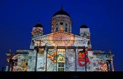 Videoprojectietotstandkoming op de buitenkant van de Kathedraal van Helsinki bij het festival van Lux Helsinki 2013 Stock Foto's