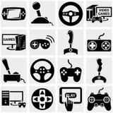 Videospelletje vectordiepictogram op grijs wordt geplaatst Stock Afbeelding