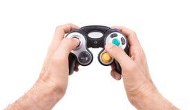 Videospielprüfer auf weißem Hintergrund Lizenzfreie Stockfotografie