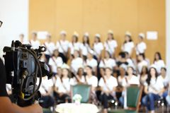 Videoweinlese-Betakameraaufzeichnungsinterview von Gruppen-Fräulein Pageant Stockbild
