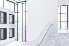 Videz le hall blanc de bureau, escalier, vue de côté Photos stock