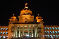 Vidhan Soudha, Bengaluru,卡纳塔克邦印度 免版税库存图片