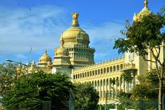 Vidhana Soudha, Bengaluru (Bangalore) Royaltyfri Fotografi