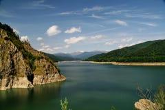 vidraru озера стоковое изображение rf